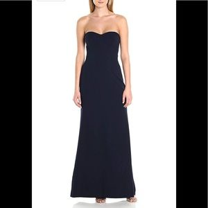 Vera Wang navy gown NWT